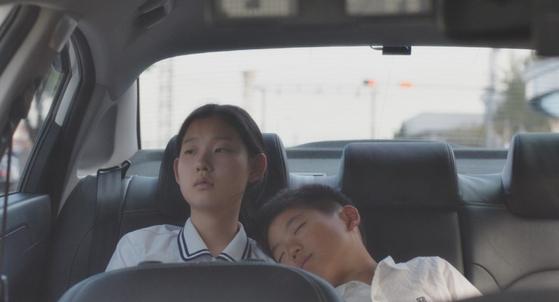 Director Yoon Dan-bi's ″Moving On″ received the Best Screenplay award at the Women in Film Korea 2020 Festival. [GREEN NARAE MEDIA]