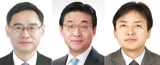 President Moon Jae-in appointed 10 vice minister-level officials on Thursday. From left, Vice Minister of Education Jung Jong-chul; Second Vice Minister of Foreign Affairs Choi Jong-moon; and Second Vice Minister of Culture, Sports and Tourism Kim Jeong-bae.  [YONHAP]