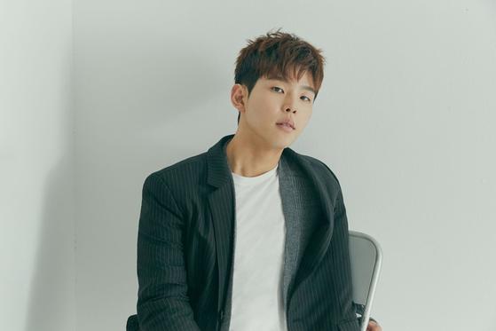 Singer and songwriter Paul Kim [NEURON MUSIC]