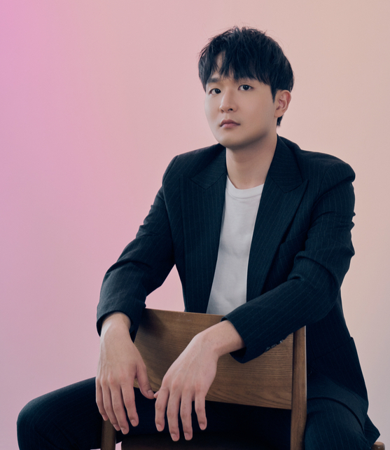 Pianist Sunwoo Yekwon, who is touring across the country with his latest album ″Mozart″ will make a stop in Seoul on Jan. 26. [MASTMEDIA]