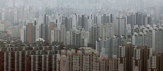 Apartments in western Seoul. [YONHAP]