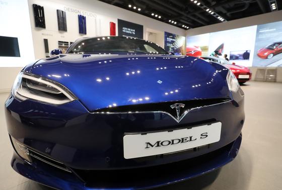 Tesla Model S [YONHAP]