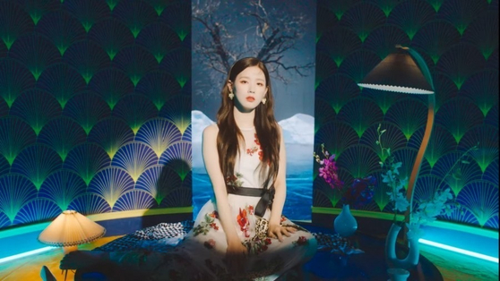 A captured image from the music video of girl group (G)I-DLE's new track ″Hwaa,″ which was criticized by Korean fans for its usage of Japanese and Chinese images in its traditional theme for the song, instead of sticking to something strictly Korean. [CUBE ENTERTAINMENT]