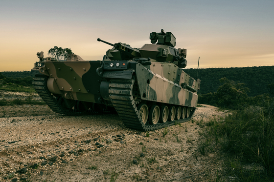 The AS-21 Redback, an infantry fighting vehicle developed by Hanwha Defense, is one of two final bids for the Australian Army's Land 400 Phase 3 Project. The vehicle was revealed in Australia for the first time on Jan. 12, and will undergo evaluation tests starting February. [HANWHA DEFENSE]