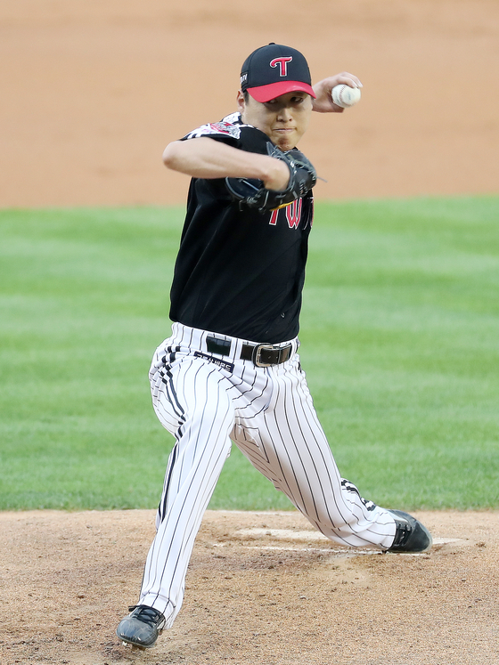 Cha Woo-chan starts for the LG Twins at Jamsil Baseball Stadium in southern Seoul on July 7. [NEWS1]