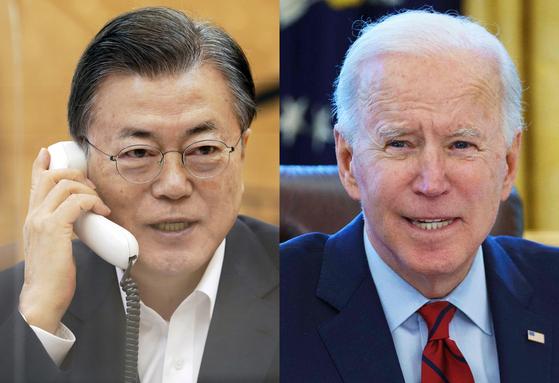 President Moon jae-in, left, talks to U.S. President Joe Biden on Thursday.  [NEWS1]