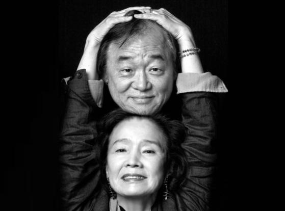 Pianist Paik Kun-woo and actor Yoon Jeong-hee [KWON HYUK-JAE]