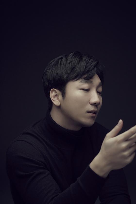 Pianist An Jong-do  [THE BRIDGE COMPANY]