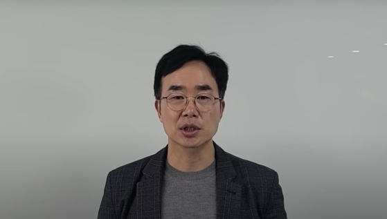 HLB Korea Chair Jin Yang-gon during a live YouTube video on Tuesday. [SCREEN CAPTURE]