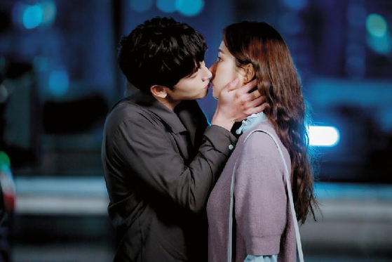 "A scene from JTBC drama ""Run On."" [JTBC]"
