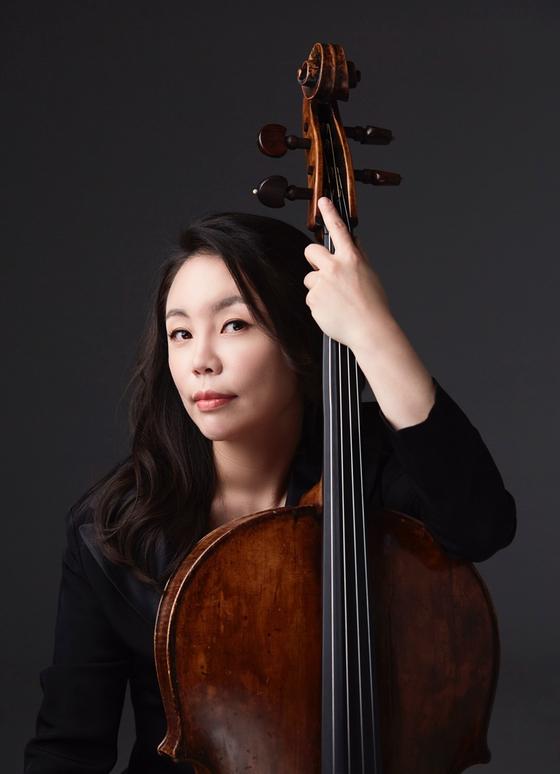 Cellist Kim Min-ji  [KANG TAE-UK]