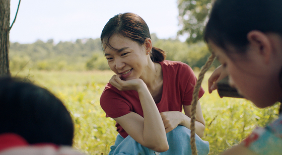 Actor Han Ye-ri understood her character Monica to be the glue that keeps the family together and a loyal and lovig wife to her husband Jacob. [PAN CINEMA]