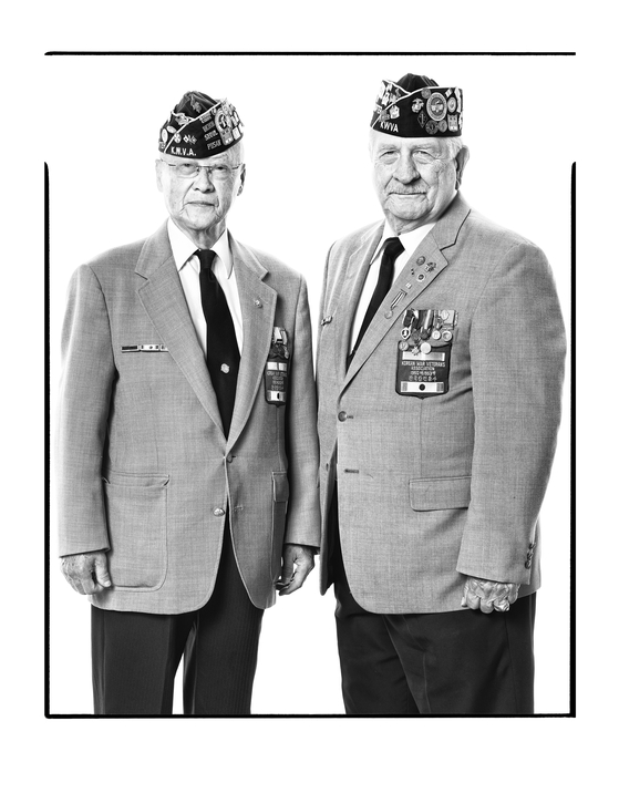 Ha Se-jong, left, who served in the U.S. Army, or Katusa, and veteran Sal Sarlato who served in the U.S. Marine Corps. [RAMI HYUN]