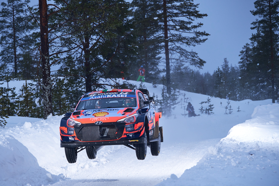 Hyundai Motor's i20 Coupe WRC participates in the second round of the 2021 World Rally Championship, which took place between Feb. 26 and 28 at Rovaniemi, Finland. [HYUNDAI MOTOR]