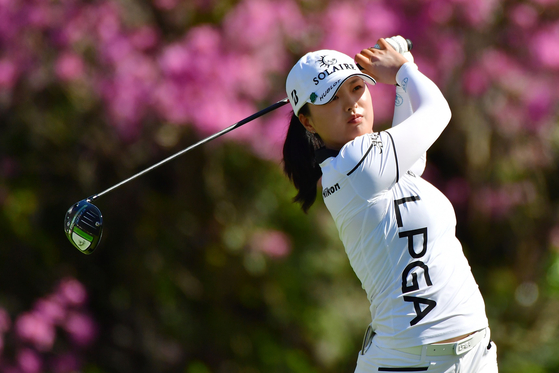 Golfer Ko Jin-young tees off on the 16th hole during the final round of the Gainbridge LPGA at Lake Nona Golf and Country Club on Feb. 28 in Orlando, Florida.  [YONHAP/AFP]
