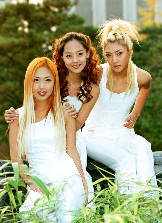 First-generation girl group S.E.S. was active from 1997 to 2002. [JOONGANG PHOTO]
