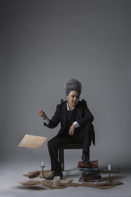 Veteran actor Kim Seong-nyeo will take on the role of the world's first female Faust in ″Faust Ending,″ which will take place from Feb. 26 to March 28 at the Myeongdong Theater in central Seoul. [NATIONAL THEATER COMPANY OF KOREA]
