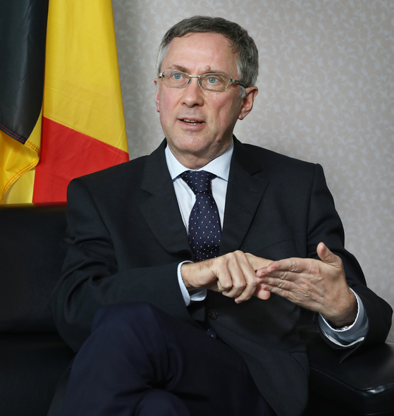 Belgian Ambassador to Korea Peter Lescouhier speaks with the Korea JoongAng Daily at the Belgian Embassy in Seoul on March 9. Korea and Belgium are celebrating their 120th anniversary of diplomatic ties on Tuesday. [PARK SANG-MOON]