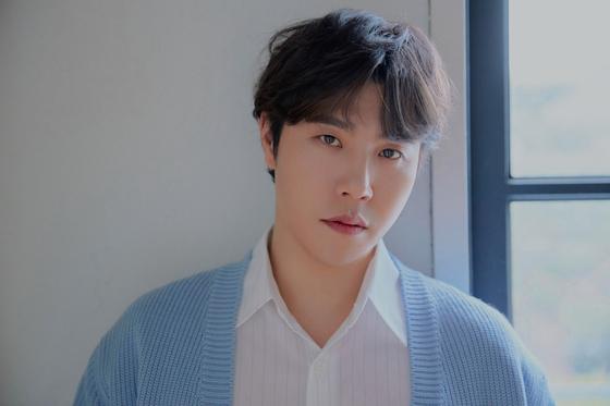 Singer Lee Hyun [BIG HIT ENTERTAINMENT]
