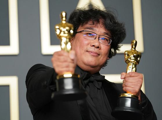 Director Bong Joon-ho at the 2020 Oscars [AFP/YONHAP]