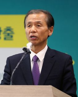 Gangwon Governor Choi Moon-soon [YONHAP]