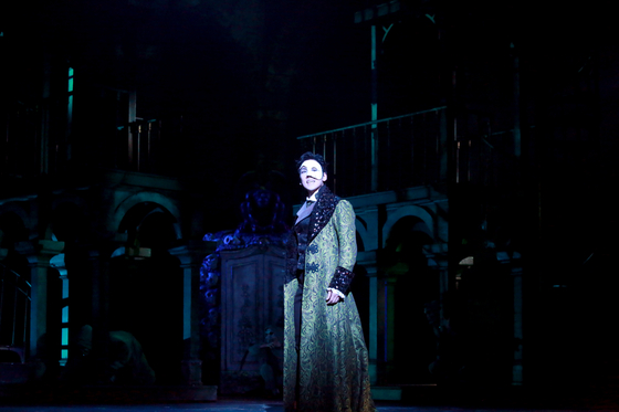Musical ″Phantom,″ featuring Kai, pictured above, is currently being staged at the Charlotte Theater in southern Seoul. [EMK COMPANY]