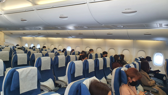 The middle row is largely left empty and everyone sits one seat apart to abide by social distancing as much as possible. [HALEY YANG]