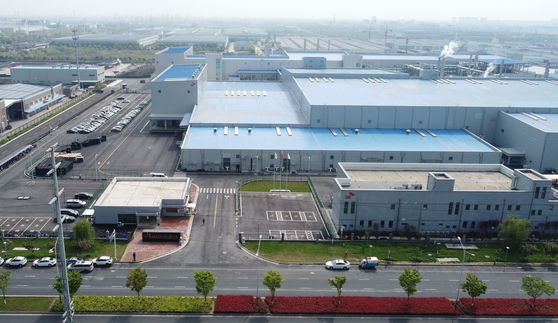 SK IE Technology's battery separator plant in Changzhou, China [JOONGANG PHOTO]