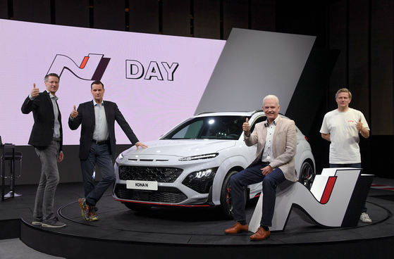 Hyundai Motor introduces the all-new Kona N sports utility vehicle (SUV) during a digital showcase, Tuesday. This is the first SUV released under the carmaker's high-performance N brand. The vehicle comes with a 2.0-liter turbocharged engine that can deliver up to 280 horsepower and can reach 100 kilometers per hour in 5.5 seconds, Hyundai says. Its launch is planned for the second half of the year. [HYUNDAI MOTOR]