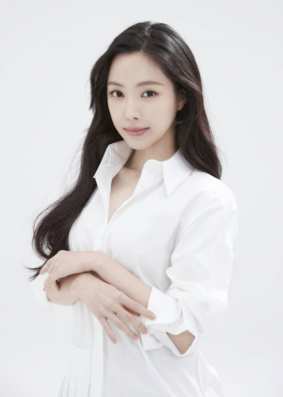Son Na-eun [YG ENTERTAINMENT]