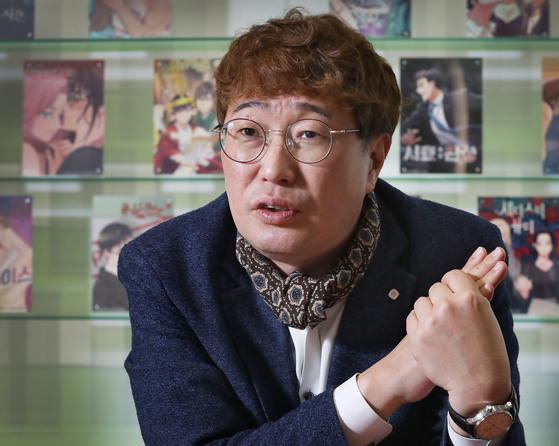 Kim Chun-gon, the director of global platform headquarters at Kidari Studio and the vice president of Delitoon SAS sits down for an interview with the Korea JoongAng Daily. [PARK SANG-MOON]