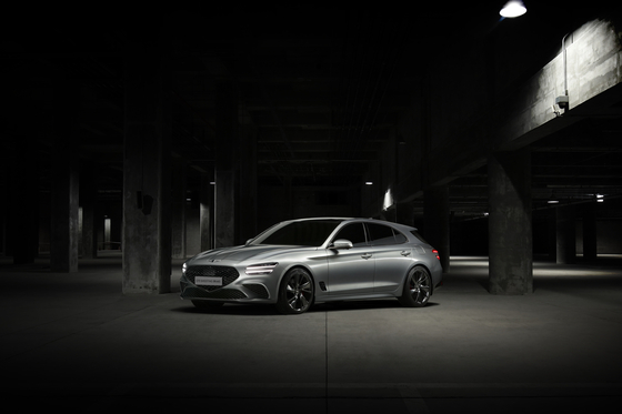 Hyundai Motor's Genesis on Wednesday released the image of G70 Shooting Brake, the first strategic model under the brand for European markets. The wagon will be launched in the latter half of the year in Europe. [HYUNDAI MOTOR]