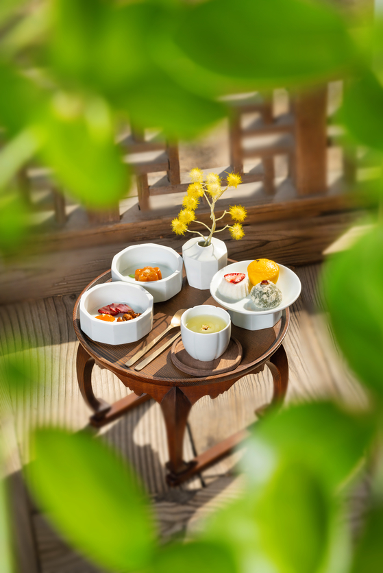 A traditional Korean dessert set is part of the Gohojae's spring promotion at the Korea House. [KOREA HOUSE]