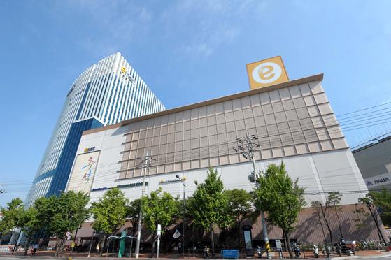 Emart store in Seongsu-dong, eastern Seoul. [EMART]