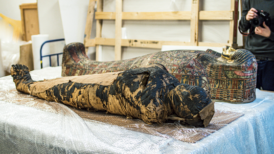 The first Egyptian mummy of a pregnant woman, housed at the National Museum in Warsaw. [EPA/ALEKSANDER LEYDO]