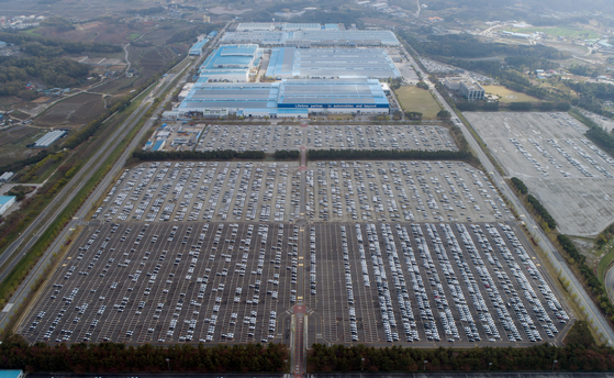 Hyundai Motor's Asan factory which was shut down last month due to semiconductor shortage. [YONHAP]
