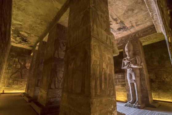 Inside the greater temple of Abu Simbel. [KHALED DESOUKI /AFP/YONHAP]