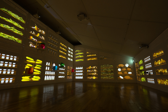 """The final section """"Magical Material"""" deals with biodegradable materials, most notably food items, and its underestimated impact on the environment. [DAELIM MUSEUM]"""