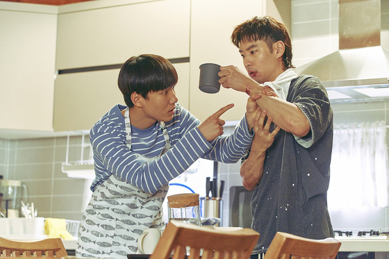 Sang-gu (played by Lee Je-hoon) initially agrees to take care of his nephew Geu-ru (played by Tang Jun-sang) for the money but as they work together as trauma cleaners, he slowly begins to warm to him. [NETFLIX]