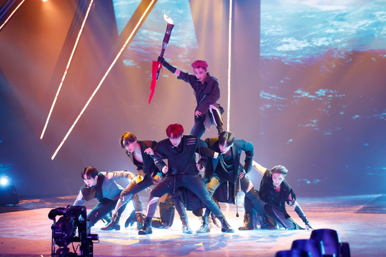 "Boy band Ateez perform on Mnet's audition program ""Kingdom: Legendary War.""[MNET]"