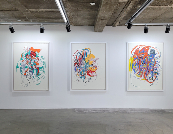 Drawings by Elliott Hundley are now on view at Baik Art Seoul gallery in Samcheong-dong, central Seoul. [MOON SO-YOUNG]