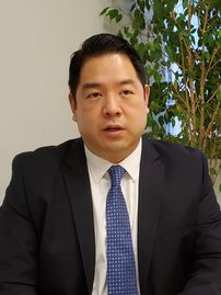 Christopher Ahn, who faces possible extradition to Spain for his role in a raid on the North Korean embassy in Madrid, speaks to the JoongAng Ilbo for an interview on Thursday in Los Angeles. [PARK HYUN-YOUNG]