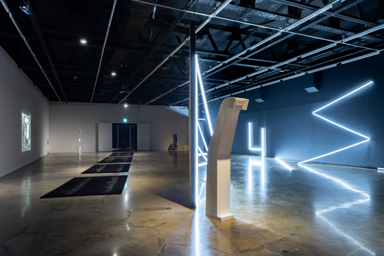 """The contemporary art exhibition """"The Middle Land: When Time Unfolds into Land"""" is currently taking place at the Arko Art Center in Daehangno, central Seoul. [ARKO ART CENTER]"""