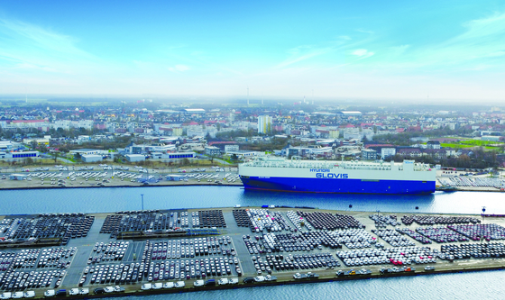 Hyundai Glovis' PCTC (pure car and truck carrier) at the port of Bremerhaven in Germany. [HYUNDAI GLOVIS]