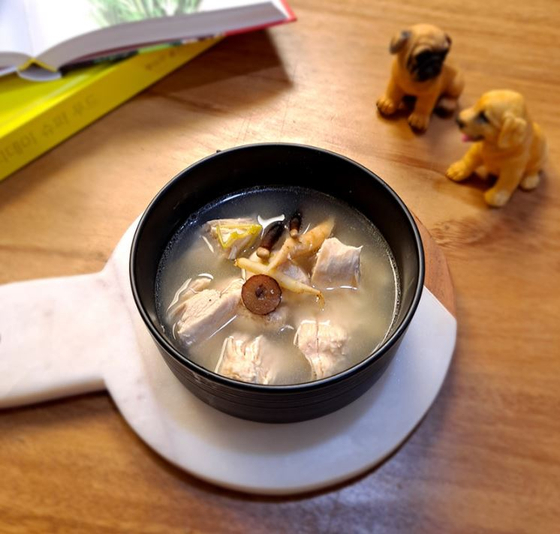 Allfin's pet-only samgyetang, Korean traditional chicken soup with ginseng. [KOREA CHAMBER OF COMMERCE AND INDUSTRY]
