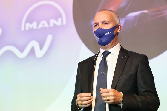 Goran Nyberg, an executive board member for sales and customer solutions at MAN Truck & Bus, speaks during a press conference held Thursday in Seoul. [MAN TRUCK & BUS KOREA]