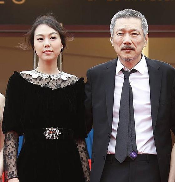 Director Hong Sang-soo, left, and his lover Kim Min-hee [JOONGANG ILBO]
