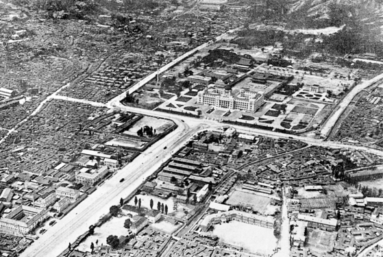The Japanese Government-General of Korea building was established inside Gyeongbok Palace in 1926. [SEOUL METROPOLITAN GOVERNMENT]