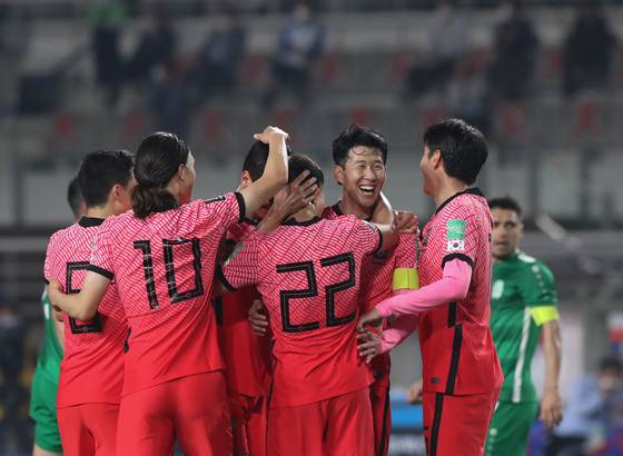 The Taeguk Warriors celebrate a goal by Kwon Chang-hoon during a Group H match between Korea and Turkmenistan at the FIFA World Cup Qatar 2022 qualifiers held in Goyang Stadium in Goyang, Gyeonggi on Saturday. [YONHAP]