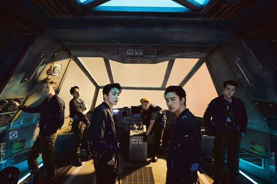 Boy band Exo [SM ENTERTAINMENT]